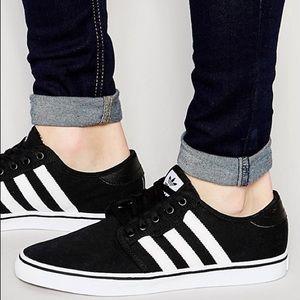 Adidas Seeley Sneakers